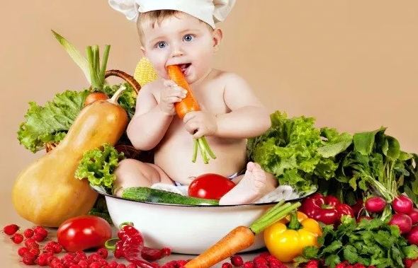 Chế độ dinh dưỡng cho trẻ sơ sinh