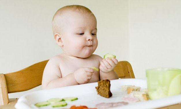 Dinh dưỡng cho trẻ từ 6 đến 10 tháng