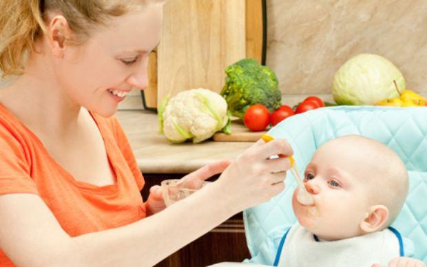 Một số lưu ý khi cho trẻ ăn
